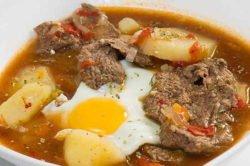 imagen de un plato de bife koygua
